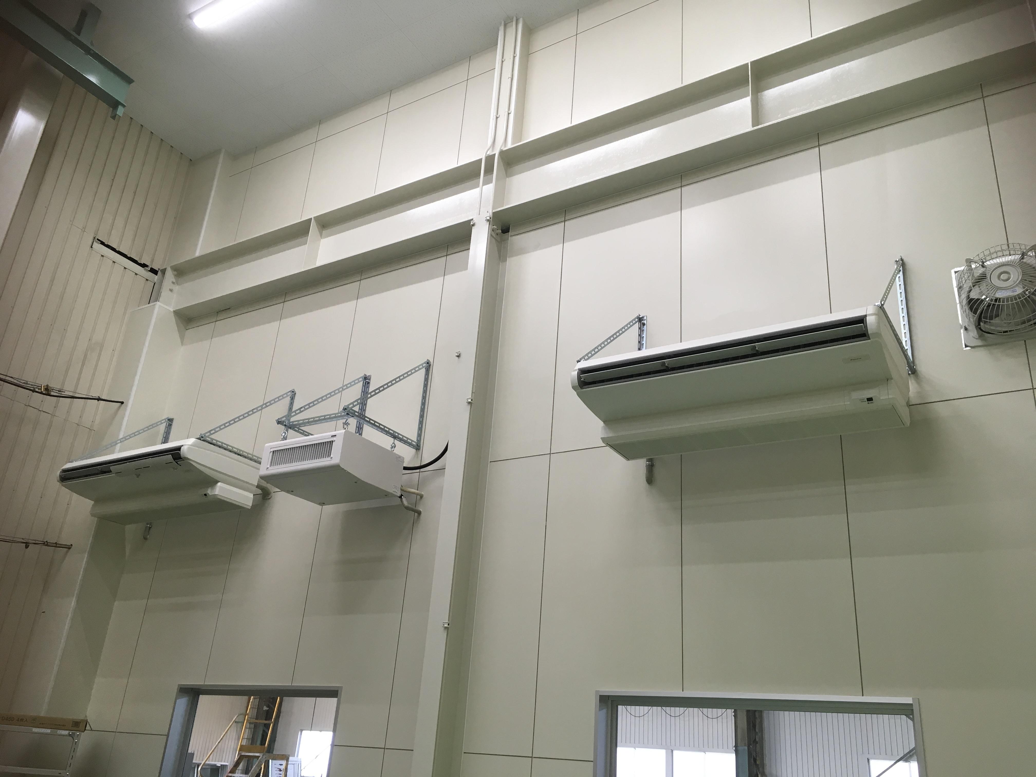 某工場様 加湿器、空調機設置